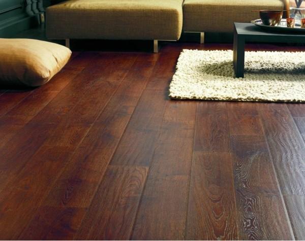 laminado madera suelo salón pulido
