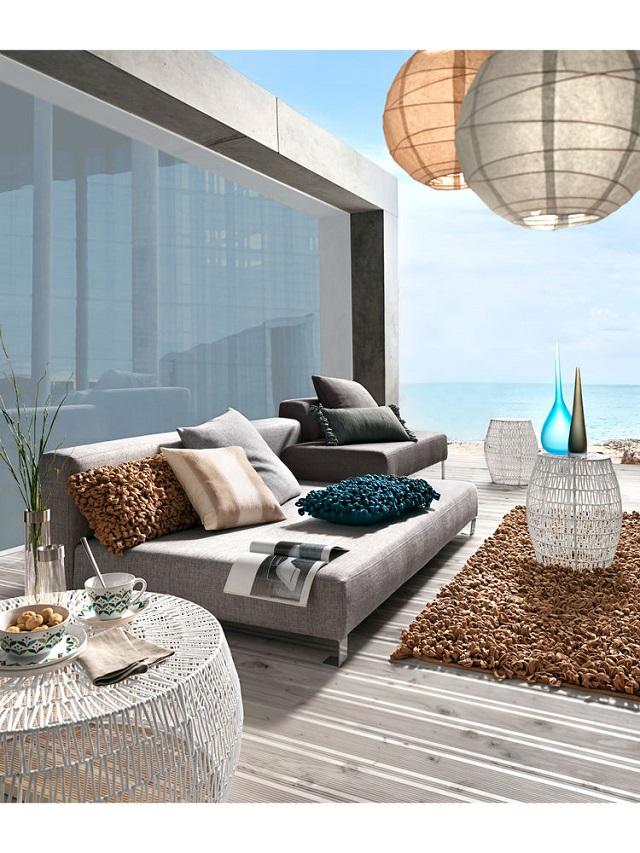 lampara tumbonas jardin cojines muebles