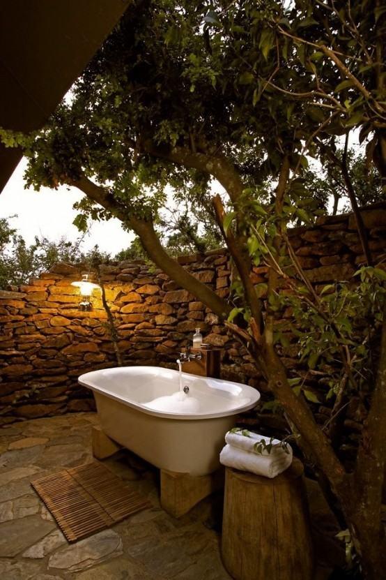 luz tenue bañera exterior plantas decorar