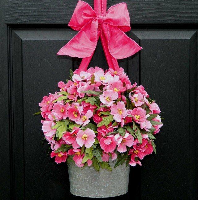 maceta moderna colgada puerta casa flores
