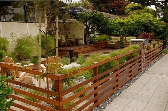 madera jardin cercado grava jardineria