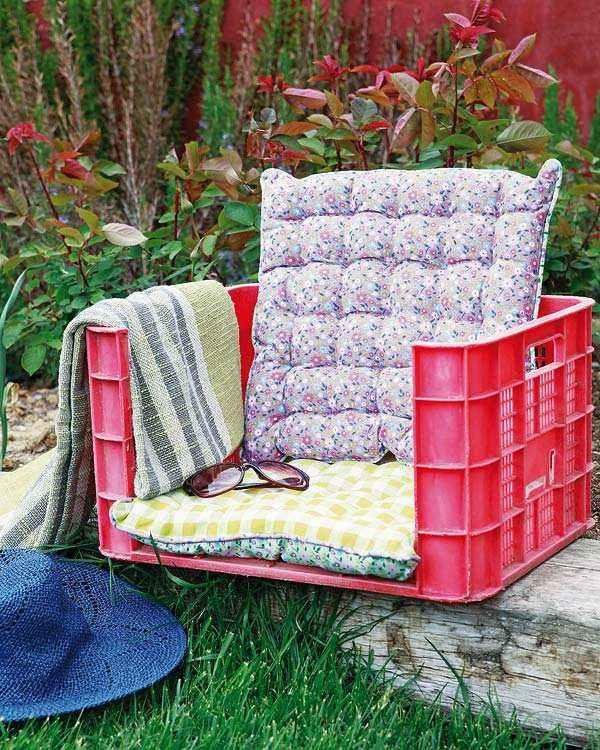 manualidades originales silla cajon cojin jardin plantas
