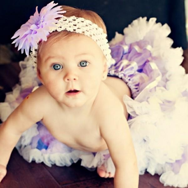 diadema blanca margarita lila crochet
