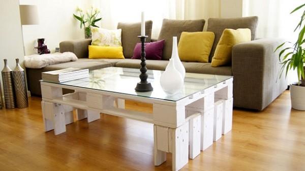 mesa alta palet blanca salón