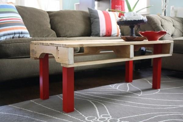 mesa alta patas rojas madera