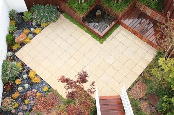 moderno jardin madera terraza suculentas