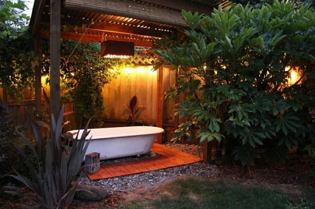 Baño Relajante Jacuzzi:Muebles de baño en el jardín: tu propio spa en casa