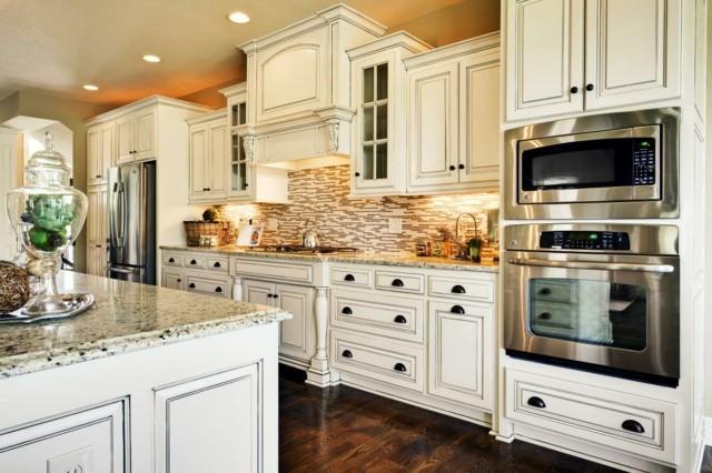 muebles blancos color reina cocina moderna luminosa vintage