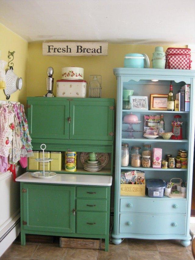 Vintage estilo retro cl sico en la cocina for Muebles de cocina con cortinas
