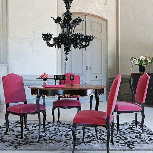 muebles salón rosa negro lámpara