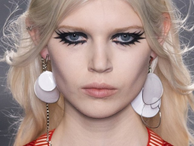 ojos negros interesante moderno bonito primavera