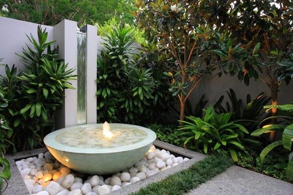 paisajismo jardín fuente redonda