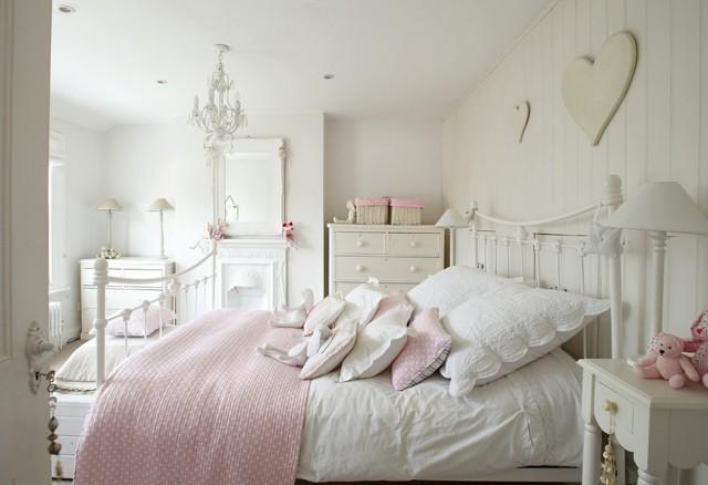 pared blanca romantico suelo almohadas rosa pulcro