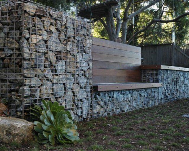 pared muro madera bancos rocas