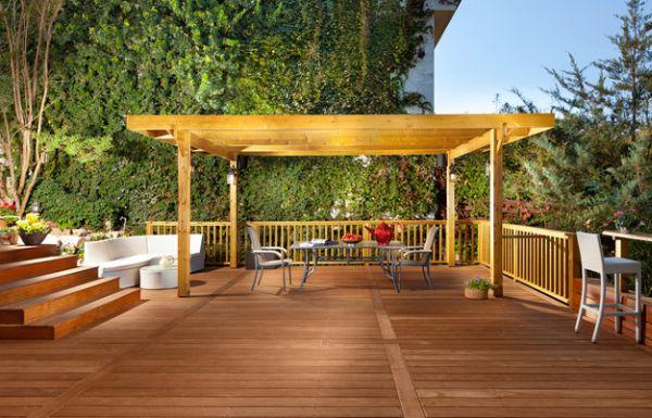 patio pérgola terraza moderna madera sillas