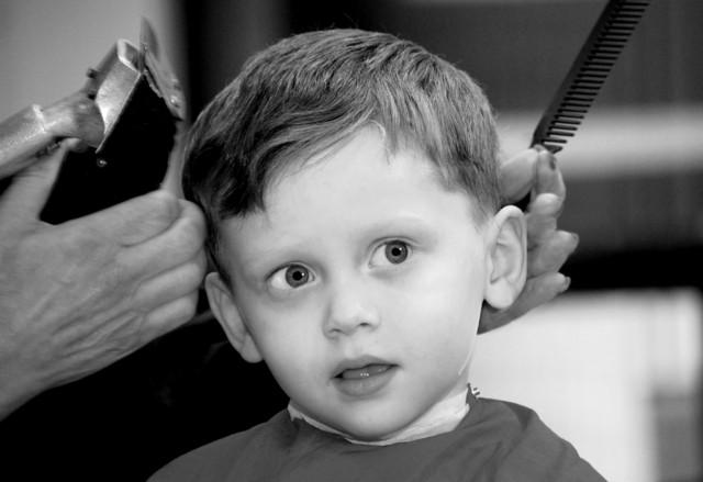 pelado moda peluqueria nene pequeño
