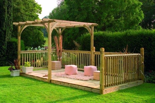 pérgola jardin cesped preciosa idea rosa madera