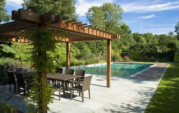 pérgolas de madera comedor cortinas piscina