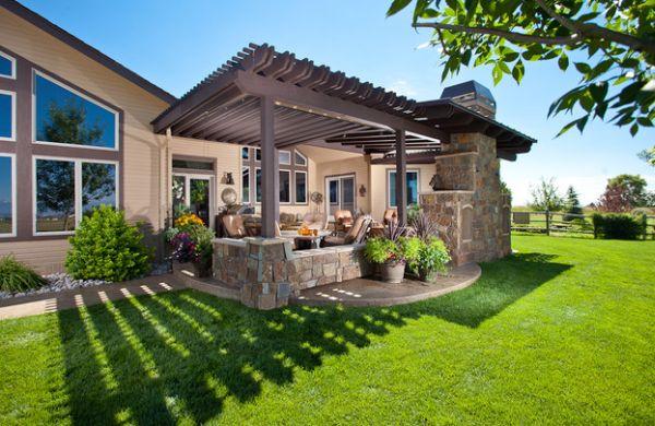 pérgolas de madera patio moderno cesped