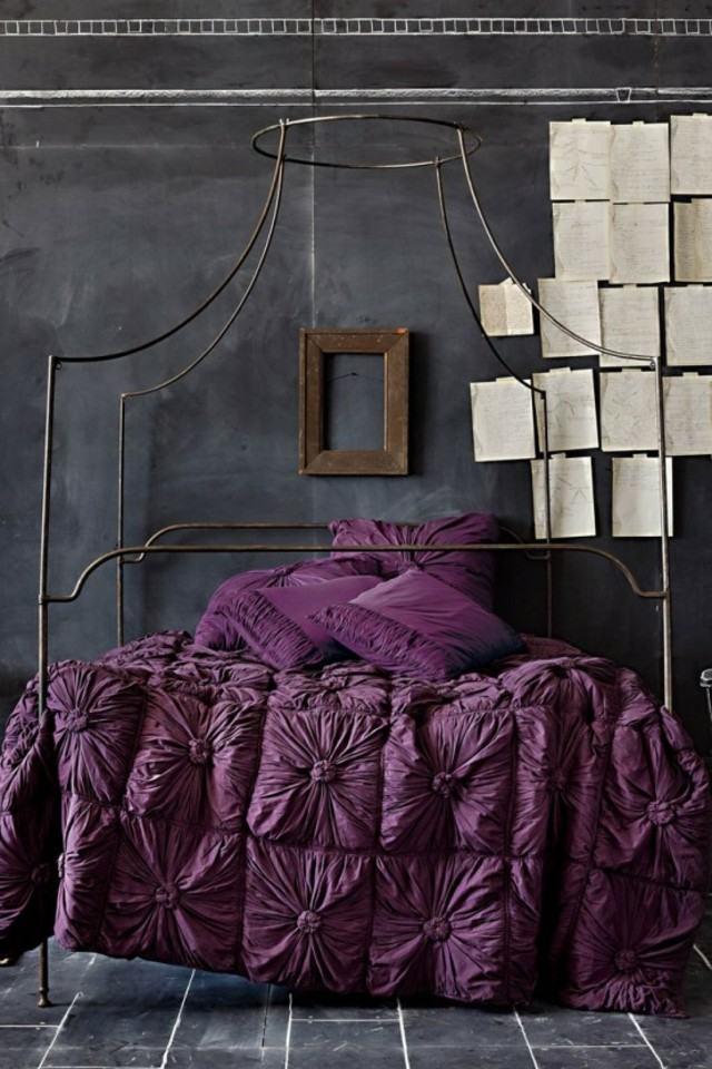 pintura pizarra pared dormitorio morado