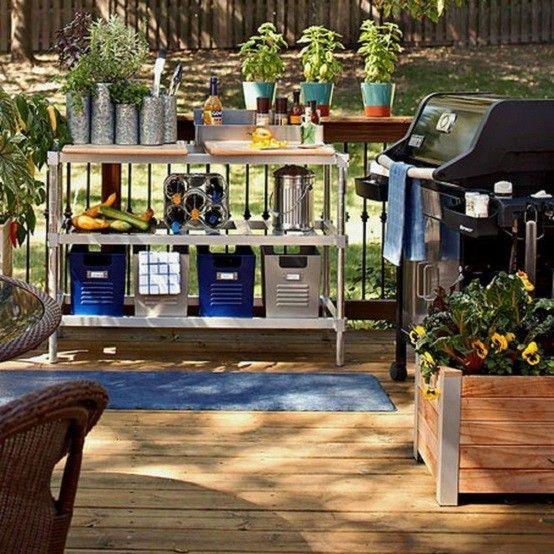 plataforma jardin tumbonas flores exterior cortinas