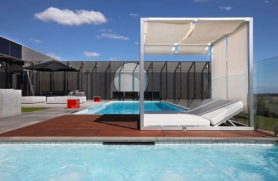 relajante tumbona jardin piscina techada metal