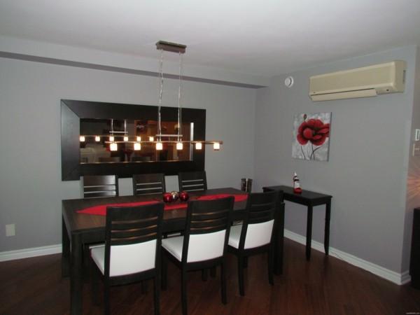 salón moderno comedor madera rojo