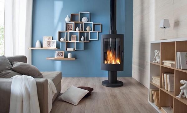 salon azul chimenea negra pie