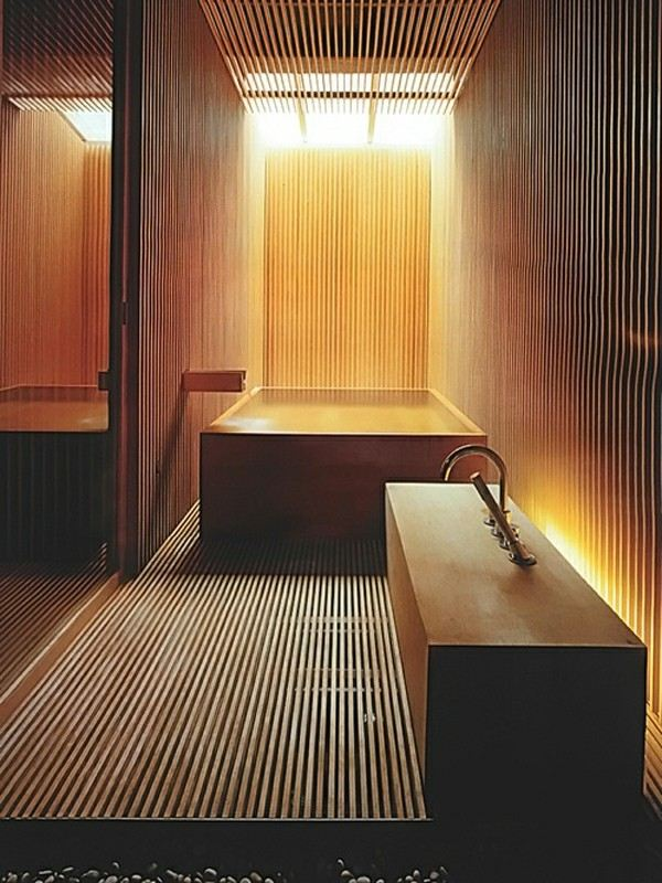 sauna lavabo suelo madera paredes