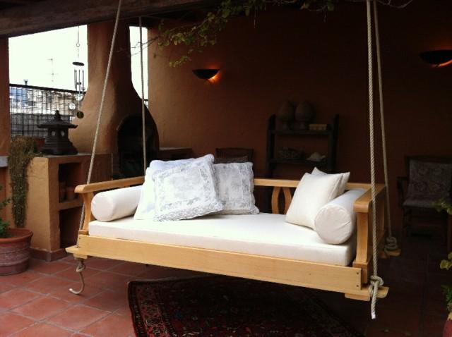 sofa colgante color blanco grande