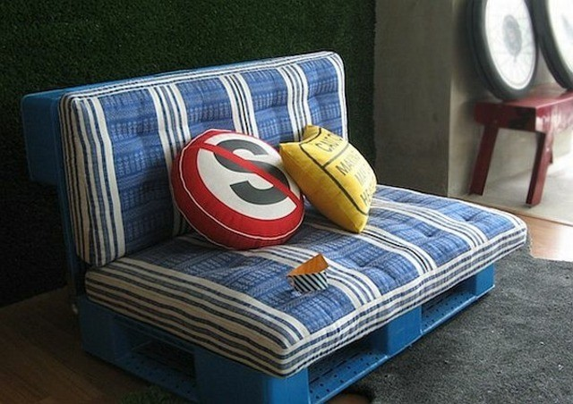sofa palet madera cojines decoracion muebles