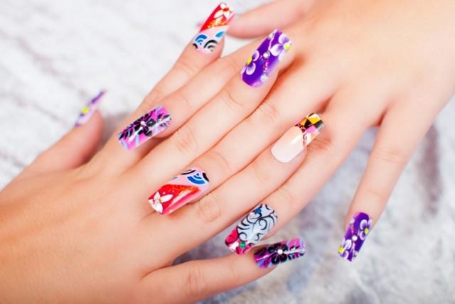 Manicure para niñas con uñas largas