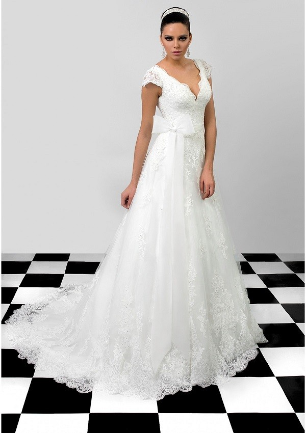 vestido de novia escote abierrto lazo Sarah diseño