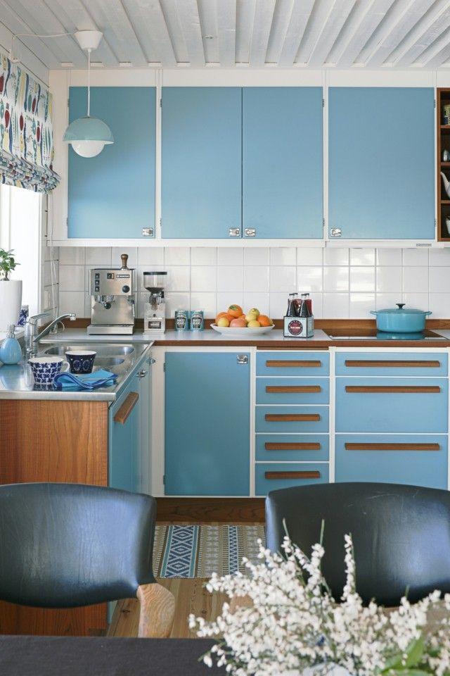 vintage azul blanco cocina sillas cuero negro bonita