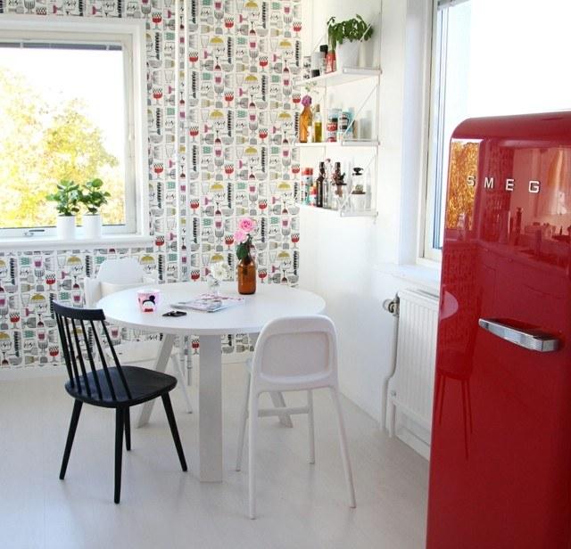 vintage frigorifico estanterias blanco papel bonito pared
