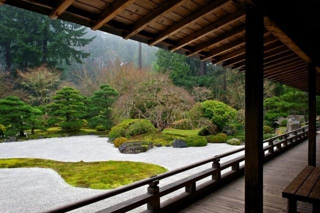 zen japonés plantas grava casa madera