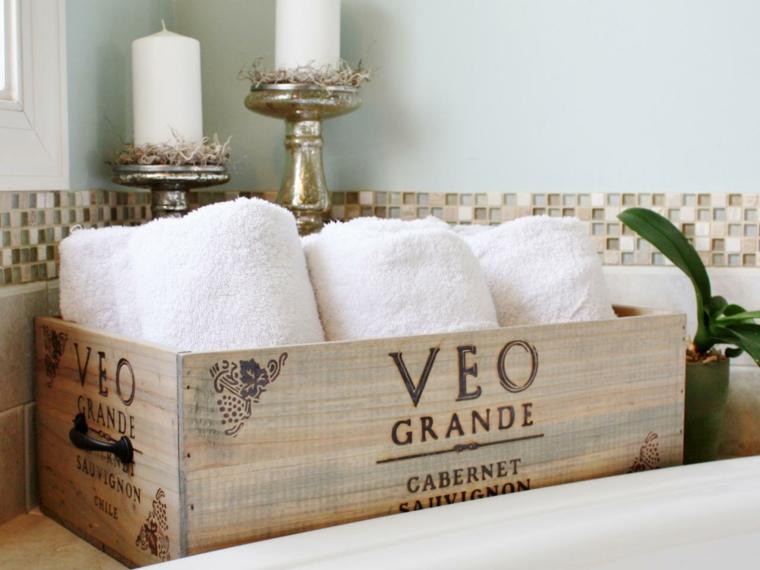 caja madera vino toallas