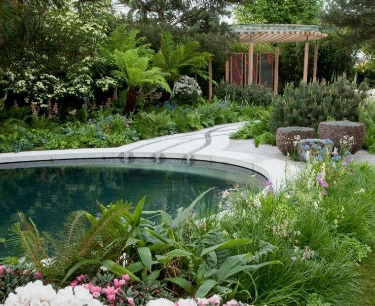 Thomas Hoblyn jardin piscina circular pergola madera camino hormigon ideas