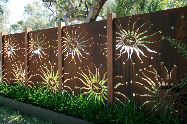 acero corten muro jardin decorado figuras