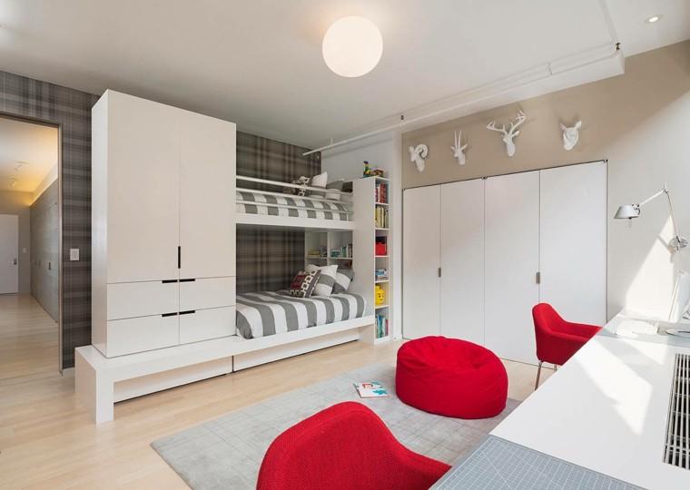 armario blanco junto camas dos grande jovenes ideas