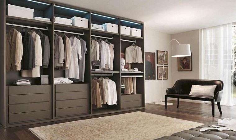 Armario abierto modernidad y estilo en tu dormitorio