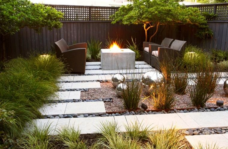 arquitectura jardin plazoleta chimenea