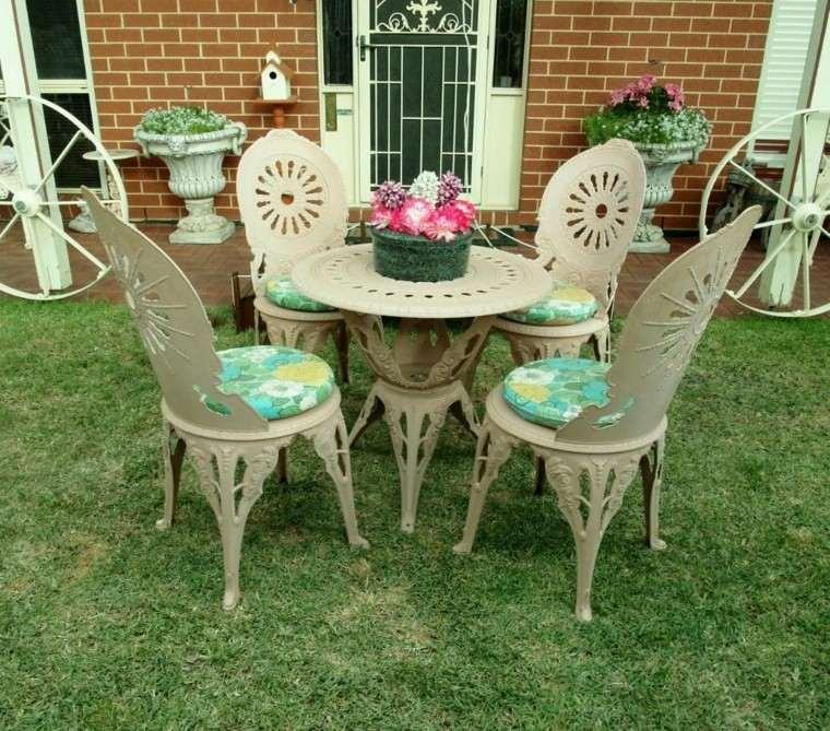 Cojines y almohadones esponjosos para el jard n - Cojines redondos para sillas ...