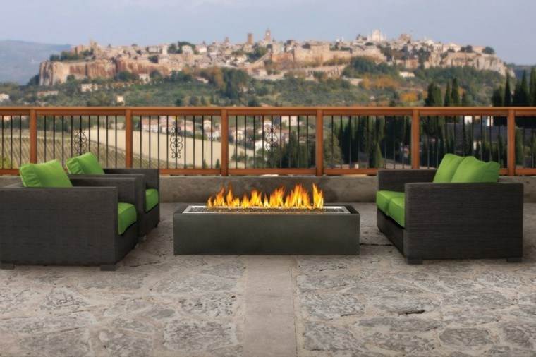 asientos terraza fuego patio cojines