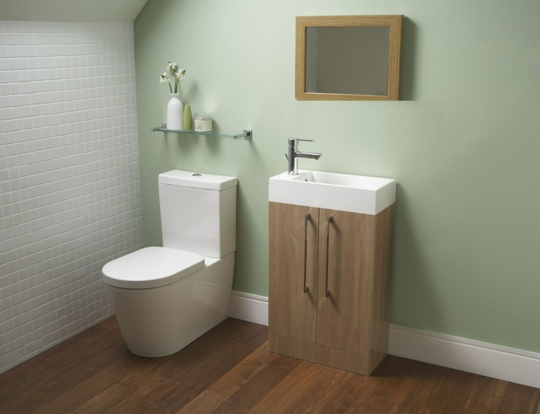 baño pequeño color verde aseo