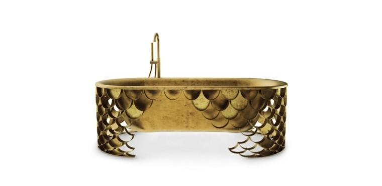 baños lujosos bañera dorada koi