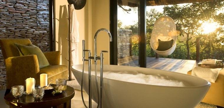 baños lujosos bañera moderna vistas