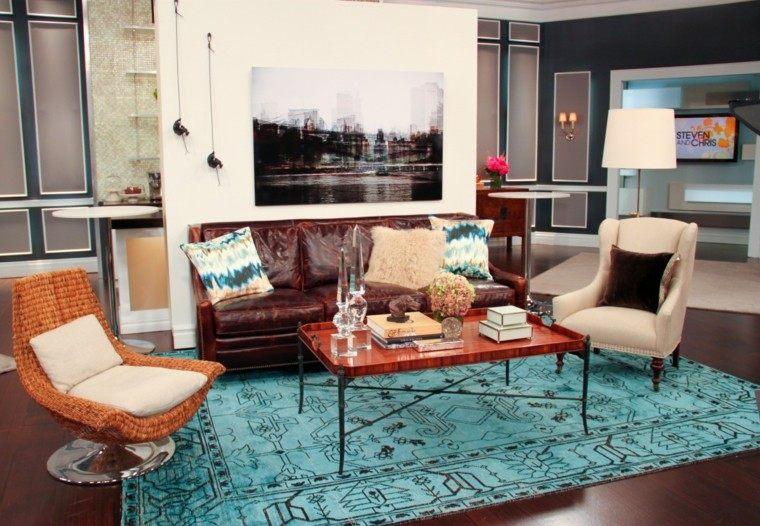 boho chic alfombra azul vibrante sofa cuero ideas