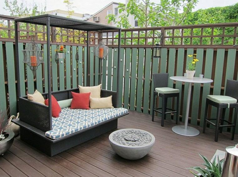 cama mimbre terraza jardin negra