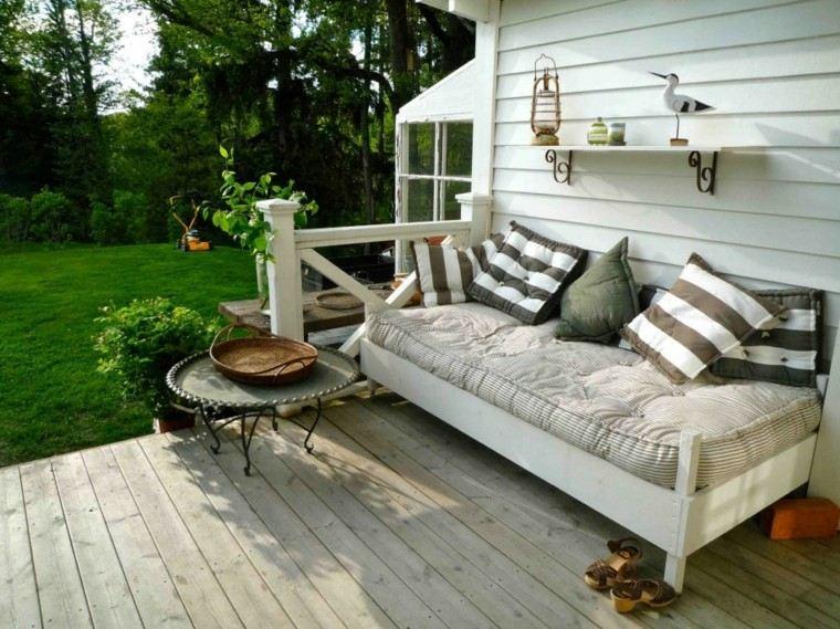 camas de jardin color beige